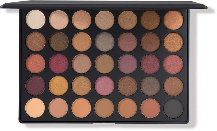 My favorite eyeshadow palettes - Morphe Fall Into Frost eyeshadow palette