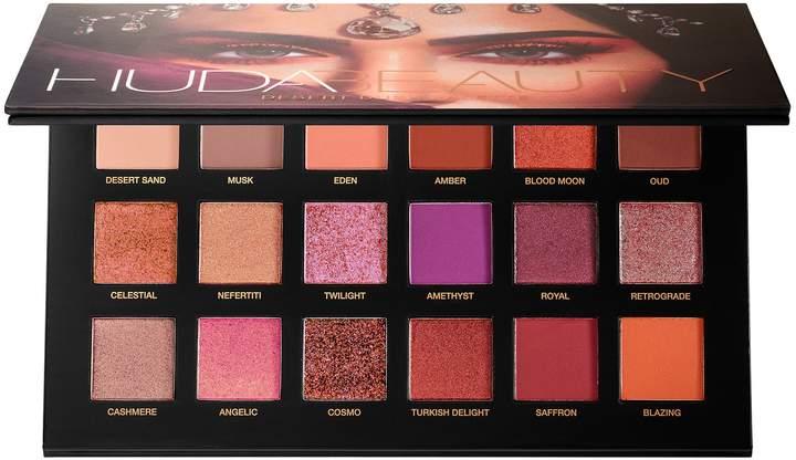 Desert dusk eyeshadow palette by huda beauty - my favorite eyeshadow palettes