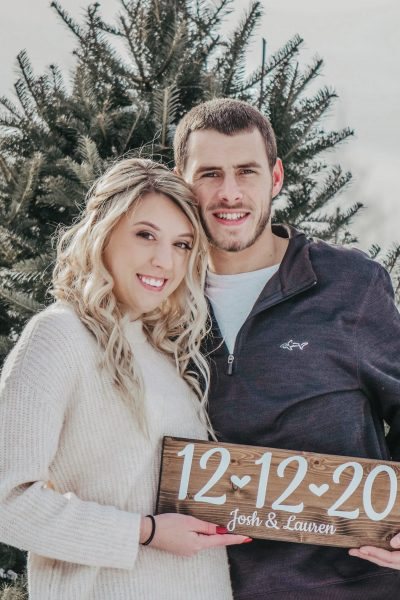Winter engagement photo ideas